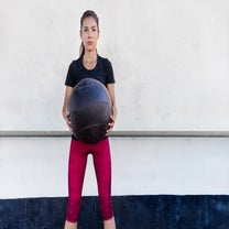 What To Know About Working Out With Medicine And Stability Balls