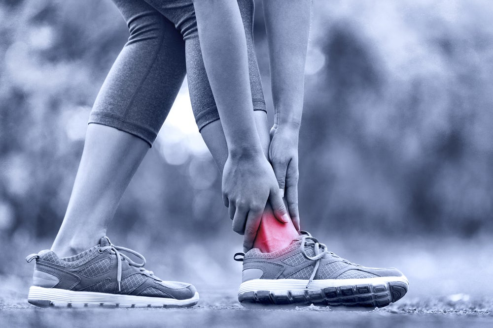 6 Physical Therapy Options For Runners (And When To Use 'Em)