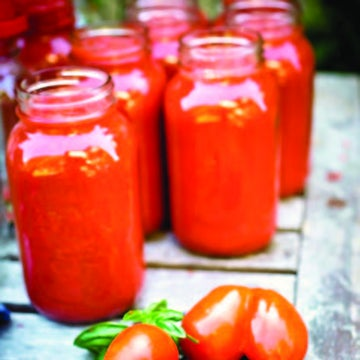 Try This Simple and Delicious Tomato Sauce
