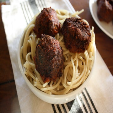 A New (Meatless) Take On The Classic Meatballs and Spaghetti
