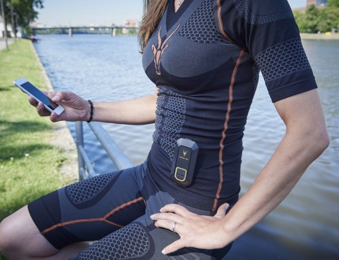 ANTELOPE-Sportswear-----Muscle-Activating-Smartsuit-01