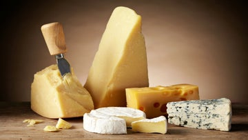 5 Reasons Runners Should Eat Cheese