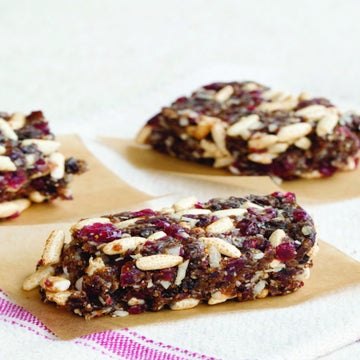 Skip The Store And Make Your Own Energy Bars