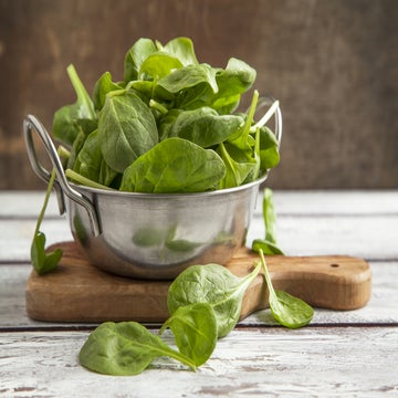10 Reasons And Ways Runners Should Eat Spinach