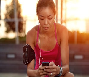 8 Podcasts That Are Perfect For Runners