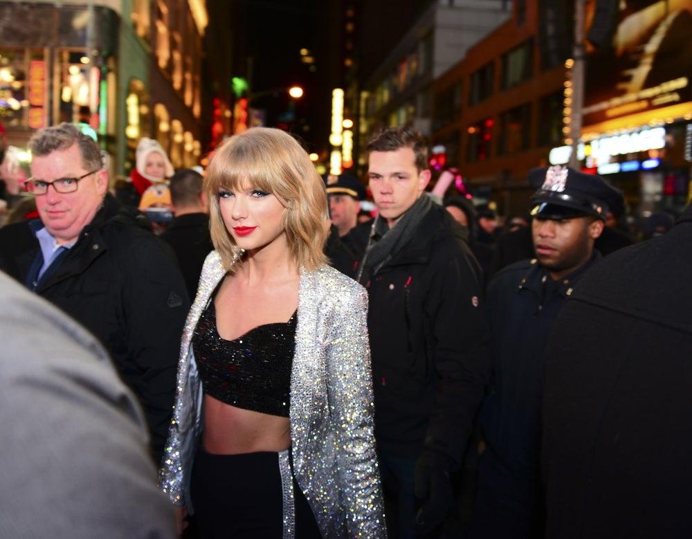10 Uptempo Taylor Swift Songs For Running
