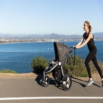 I Tried Bumbleride's First Running Stroller And It's Winning