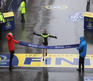 Race Recap: Des Linden's 2018 Boston Marathon Win