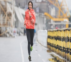 6 Rain Safety Tips For Runners