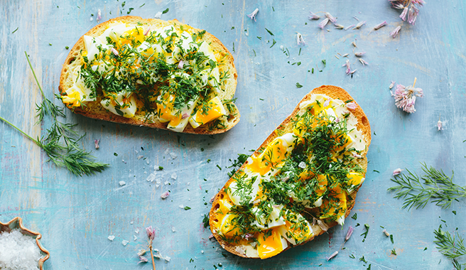 Give Your Body A Protein Boost With These 10 Healthy Snacks