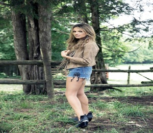 Musician Carly Pearce On Making Time To Run While Touring