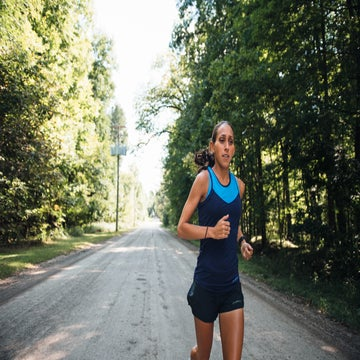 Can Des Linden's New Training Tactics Help Her Reach The NYC Podium?