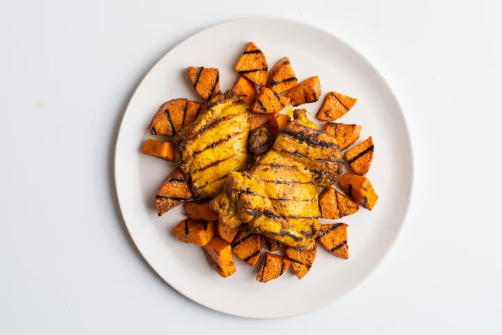 Curry chicken with sweet potato wedges