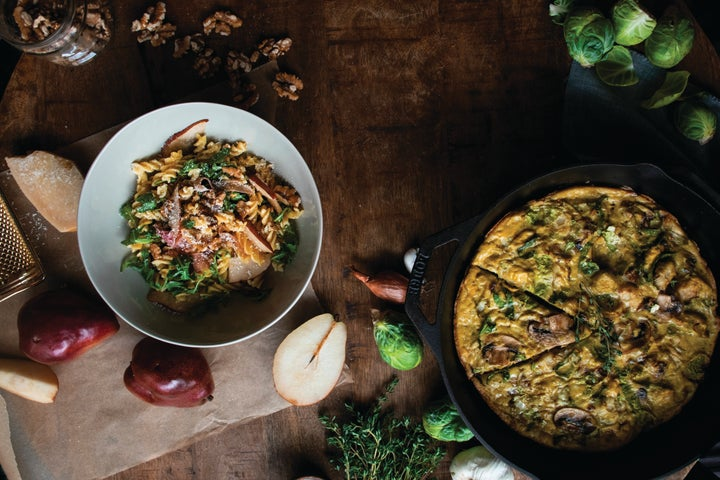 Fall season easy weeknight dinner recipes: Pear Prosciutto Pasta and Brussels Sprouts Frittata