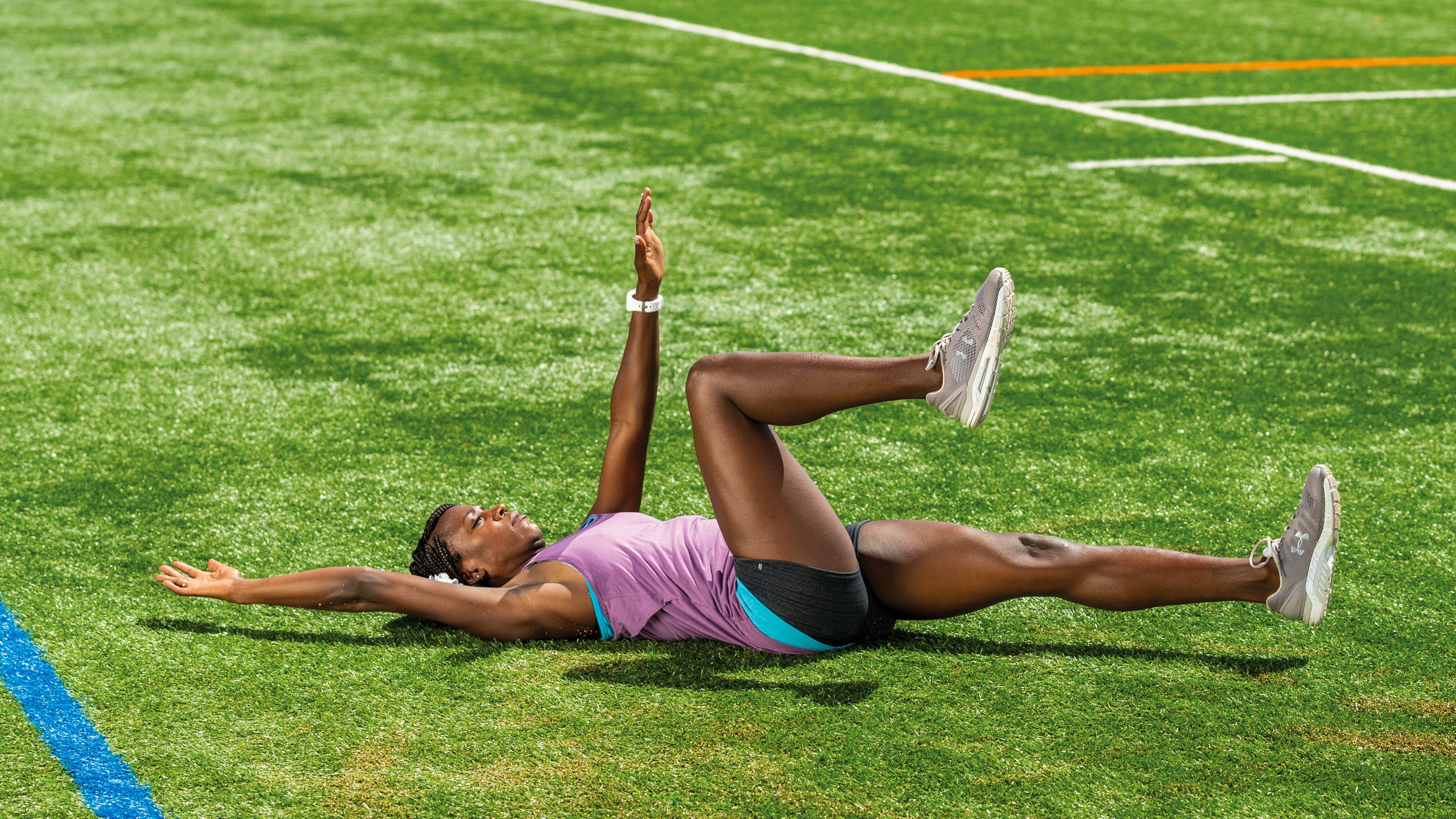 Alysia Montano demonstrating a dead bug exercise