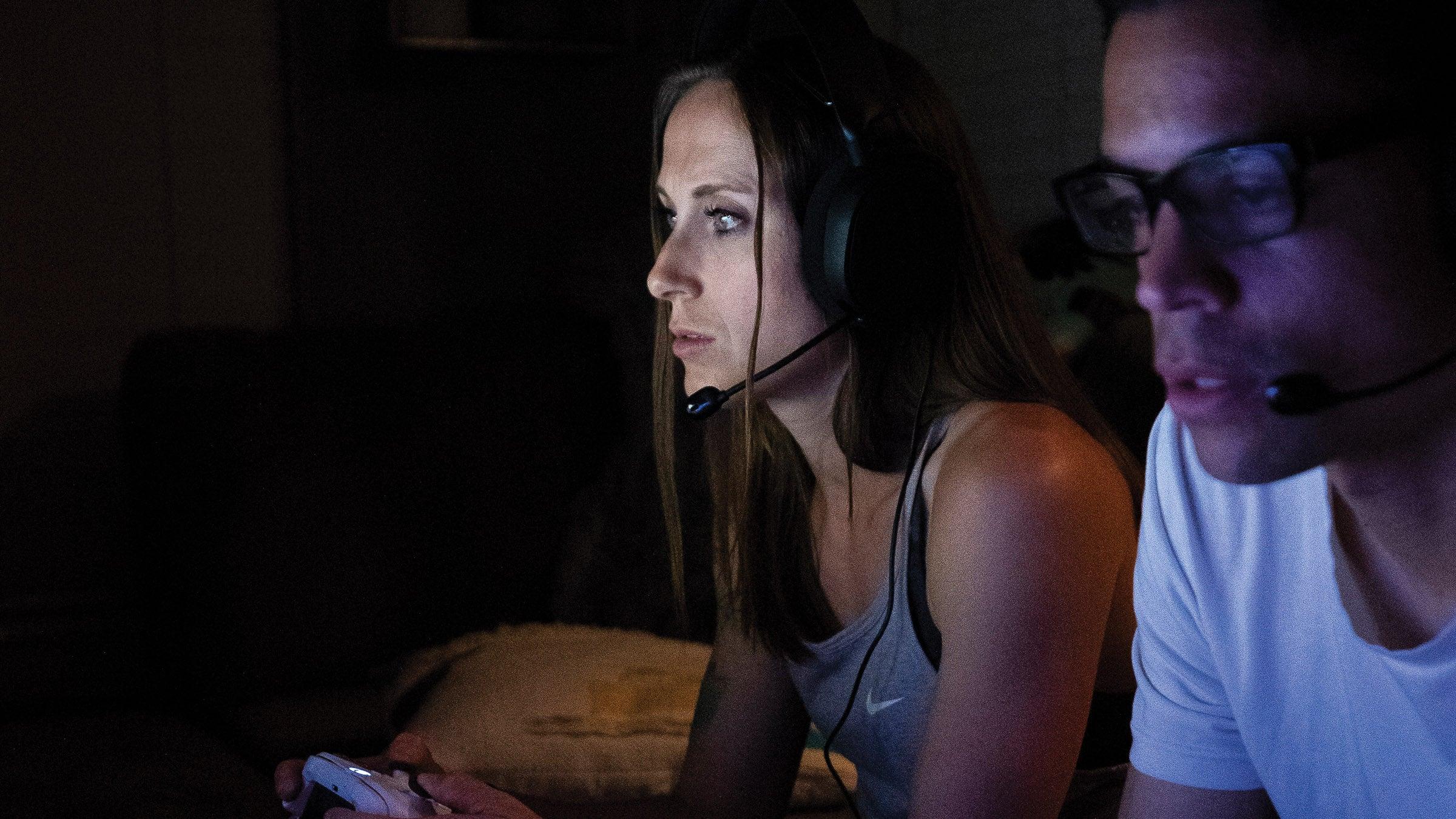 Shelby Houlihan late night gaming