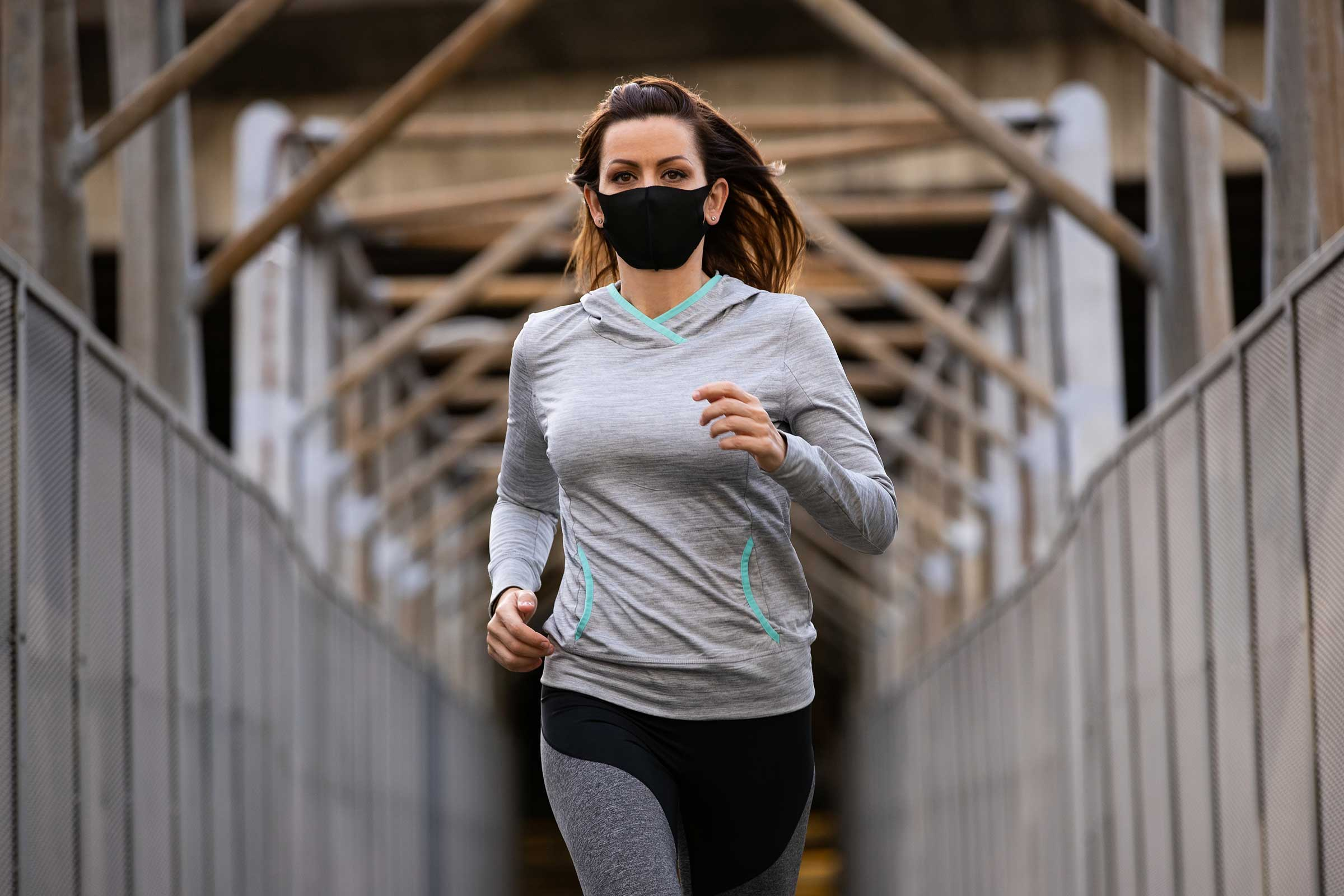 woman-running-during-covid-19-pandemic