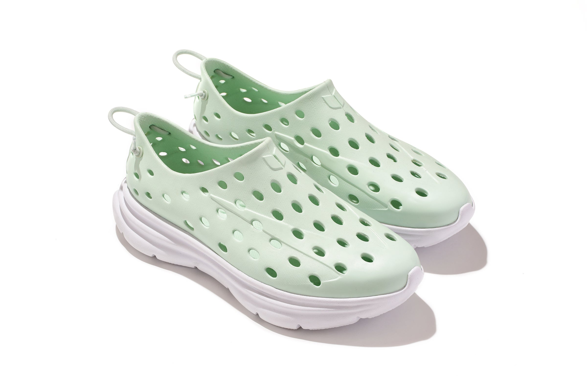 Kane's revive shoe in seafoam green